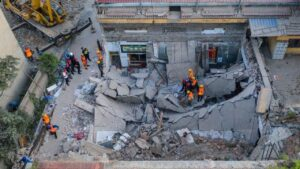 china restaurent collapse